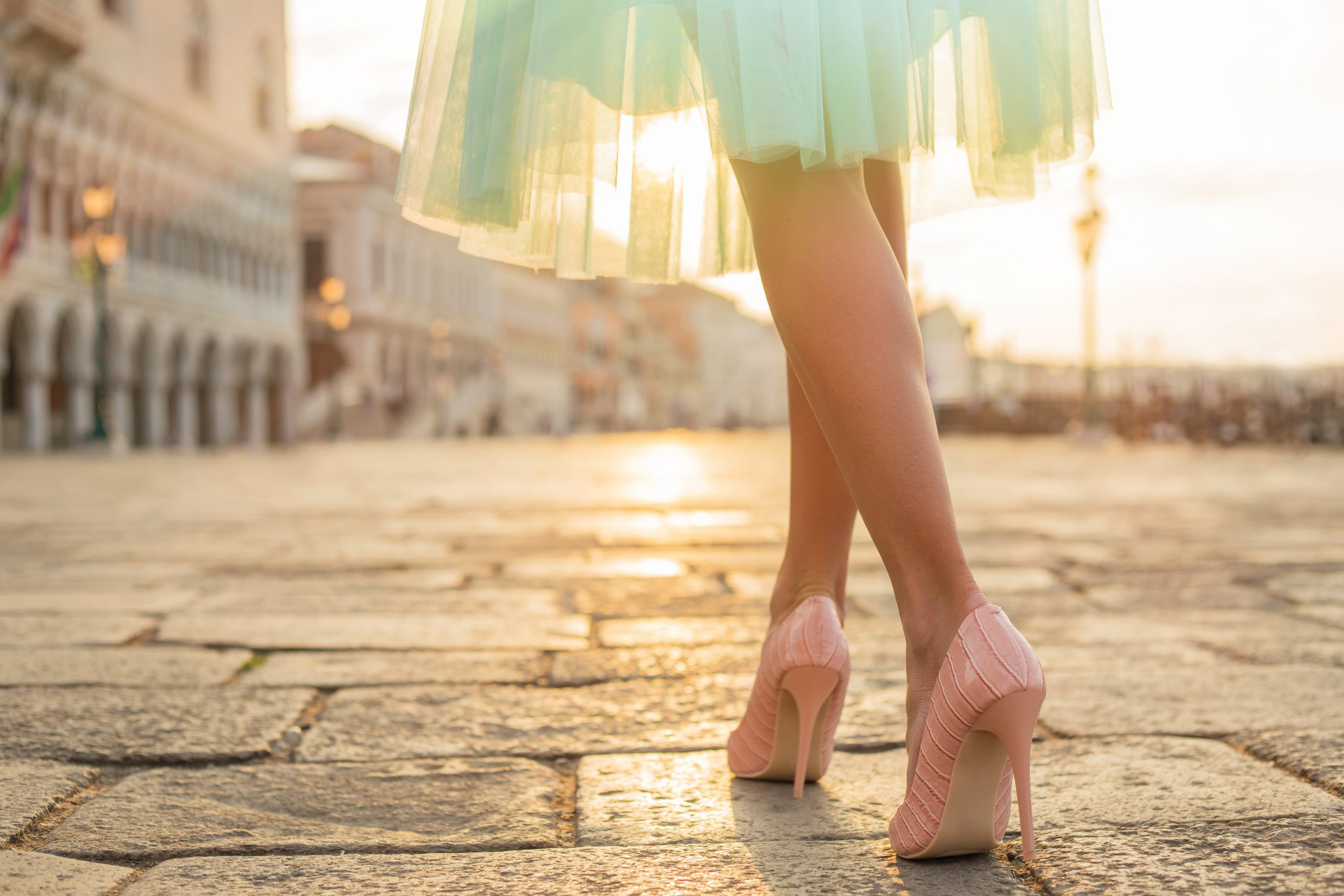 How to Enjoy Wearing High-Heeled Shoes without Pain